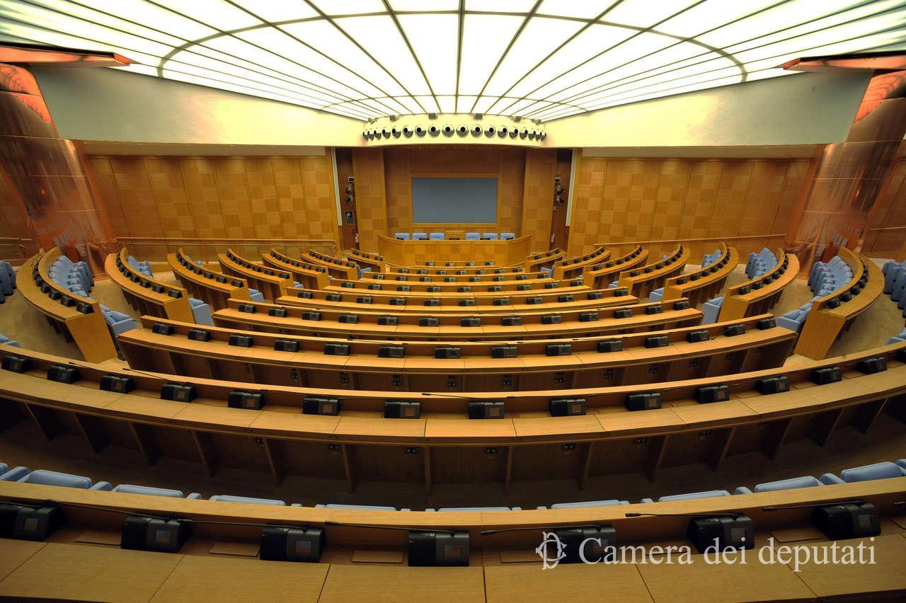 Xvii legislatura xvii legislatura comunicazione la for Parlamento on line