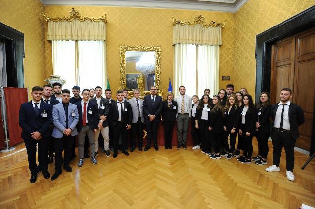 Incontro degli studenti con i membri della Commissione Finanze