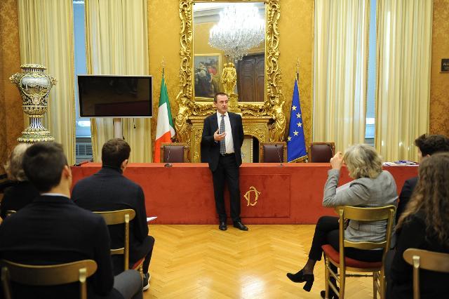 Incontro degli studenti con il deputato Ettore Rosato Vicepresidente della Camera dei deputati