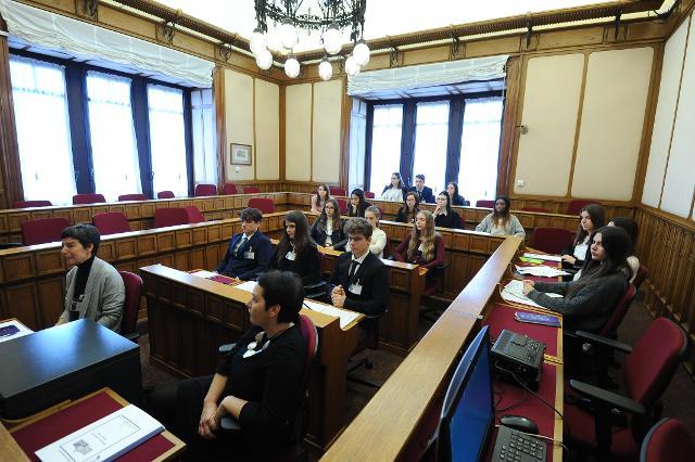 Incontro degli studenti con i deputati eletti nella Circoscrizione Trentino Alto Adige