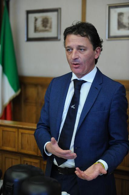 Incontro degli studenti con l'Onorevole Luca Pastorino componente dell'Ufficio di Presidenza della Camera dei deputati