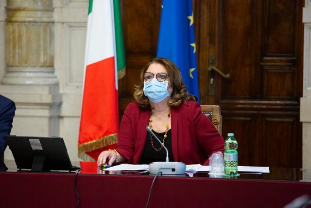 La deputata Vittoria Casa, Presidente della VII Commissione Cultura, Scienza e Istruzione, apre la prima Giornata di formazione a distanza