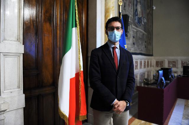 Il deputato Francesco D'Uva, Questore della Camera, apre la seconda giornata di formazione a distanza